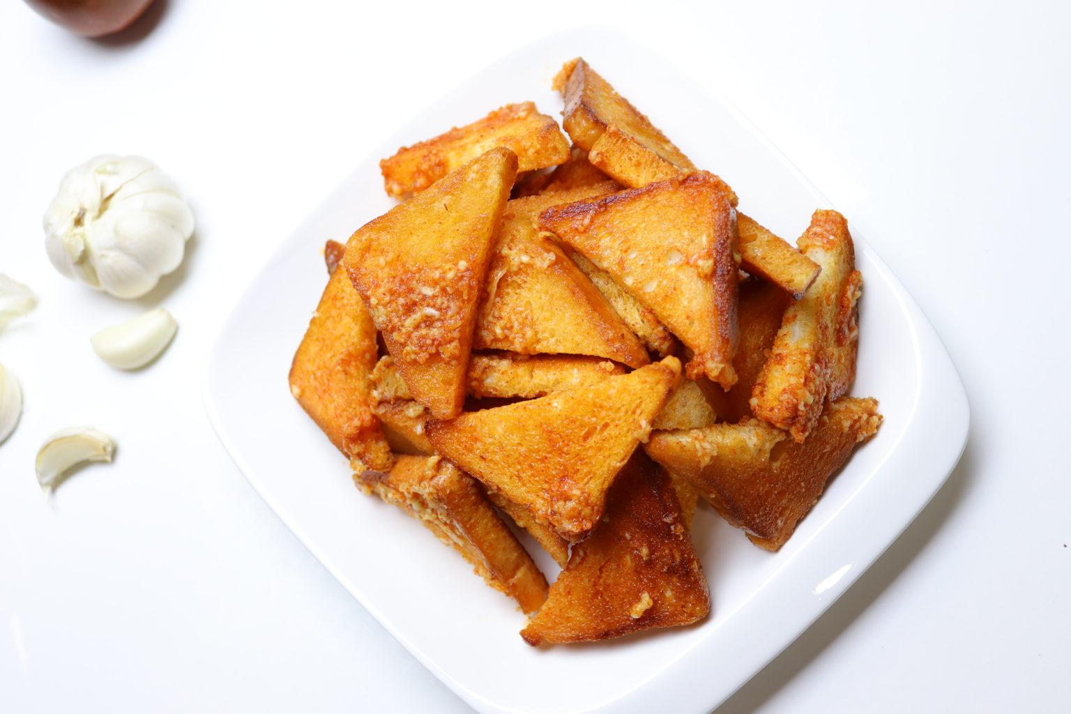 Ķiploku grauzdiņu recepete. Uzkodu recepte
