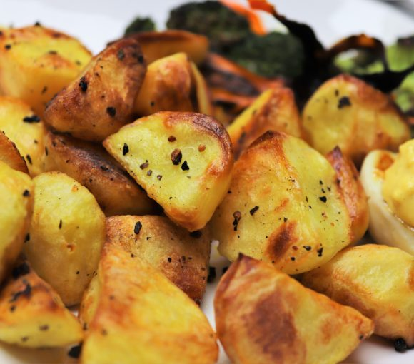krāsnī cepti kartupeļi